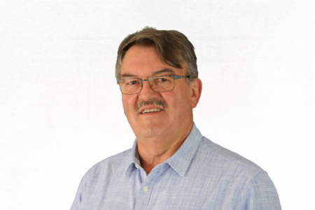 Dr. Eberhard Brezski